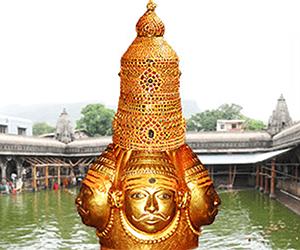 Trimbakeshwar Pandit Satish Guruji